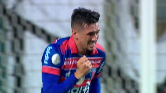 Entre volantes, Juninho iguala Arão em participações diretas em gols; Bruno Henrique lidera