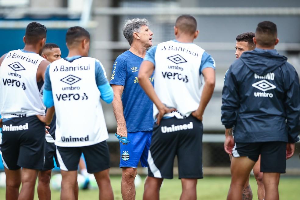 Renato Portaluppi em treino do Grêmio — Foto: Lucas Uebel / Grêmio FBPA