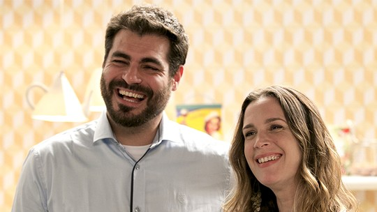 Vanessa Lóes grava 'Haja Coração' com o marido, Thiago Lacerda, e fala sobre a vida profissional