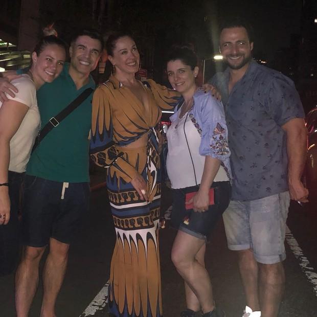Paolla Oliveira, Claudia Raia e Jarbas Homem de Mello curtiram Nova York com amigos (Foto: Reprodução Instagram)