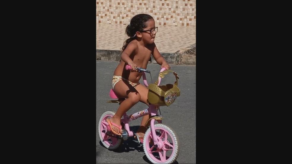Vitória de Oliveira, de 4 anos, atropelada na DF-130, no Núcleo Rural Rajadinha — Foto: Arquivo pessoal