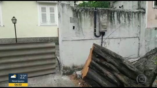 Moradores estão desde domingo sem energia elétrica em Maria da Graça
