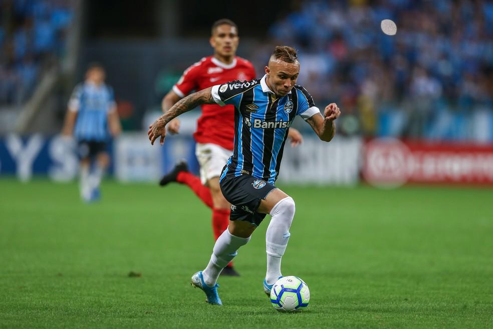 Everton segue como expoente do ataque gremista — Foto: Lucas Uebel/Grêmio