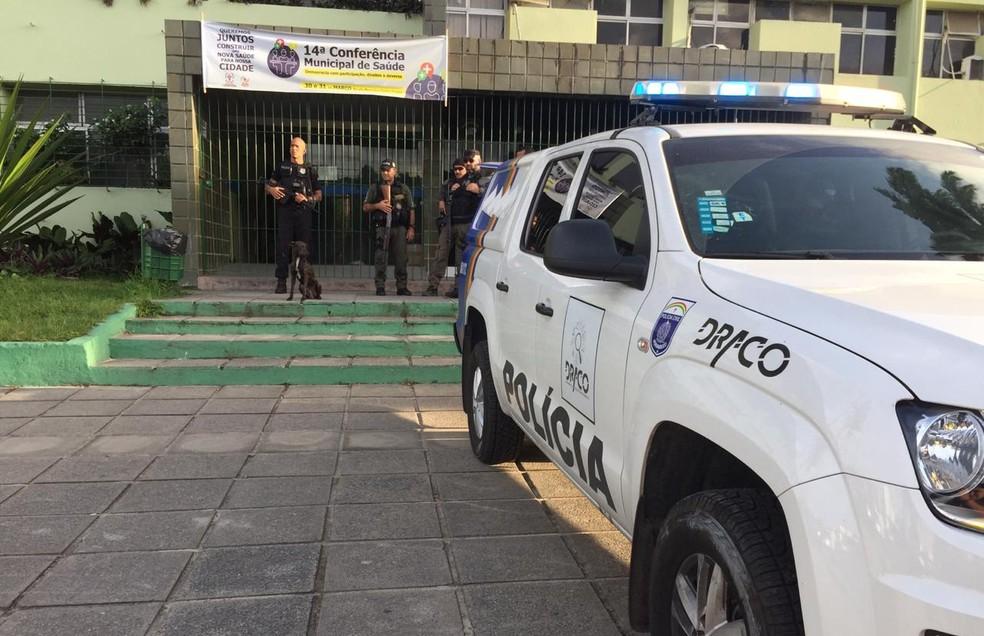 Prefeitura de Camaragibe é um dos alvos da Operação Harpalo, desencadeada nesta terça-feira (26) — Foto: Mônica Silveira/TV Globo
