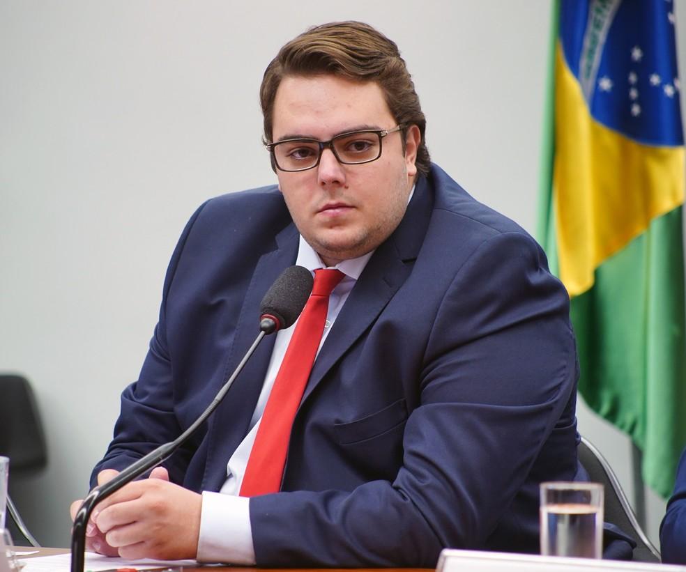 O deputado Felipe Francischini (PSL - PR), presidente da CCJ, durante sessão do colegiado desta quarta-feira (22) — Foto: Will Shutter/Câmara dos Deputados