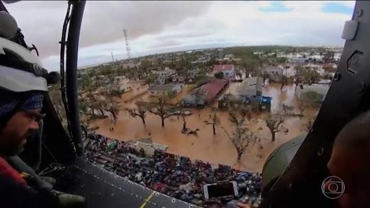 Quinze mil pessoas ainda esperam ser resgatadas em zonas inundadas dos sudeste africano