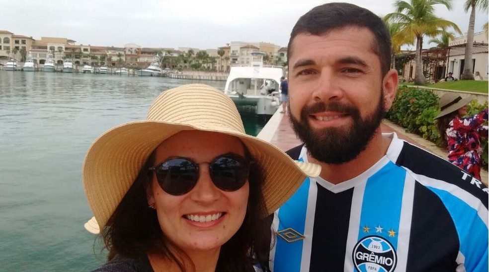 Os namorados Isadora e Nicollas se conheceram no carnaval em Florianópolis (Foto: Isadora Mafra/Arquivo pessoal)