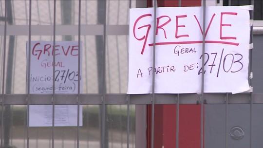 Apesar da greve de professores de São José, parte das escolas tem aula