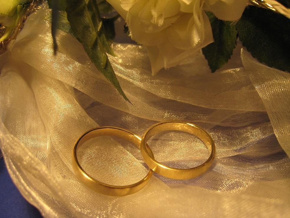 Revisão de 34 estudos, com mais de 2 milhões de participantes: casamento pode fazer bem para o coração (Foto: https://commons.wikimedia.org/w/index.php?curid=34182894)