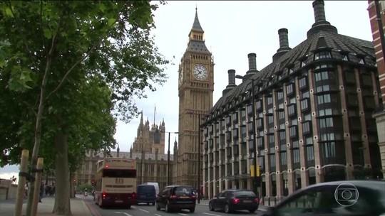 Parlamentares britânicos acusam Facebook de violar leis
