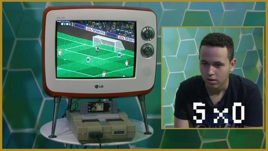 Antes do mundial de Pro Evolution Soccer, Henrykinho passa sufoco no... FIFA 98