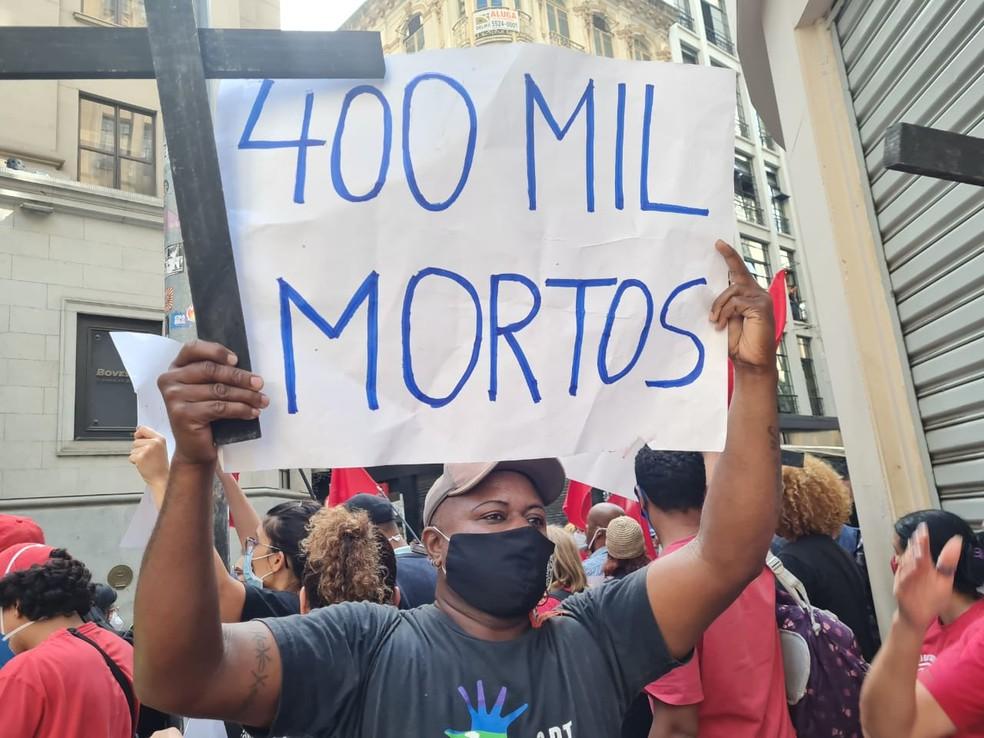 Protesto contra Bolsonaro em SP — Foto: Barbara Muniz/G1