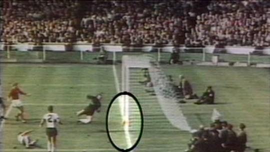 Jogos inesquecíveis da Copa: Inglaterra x Alemanha em 66, uma discussão eterna