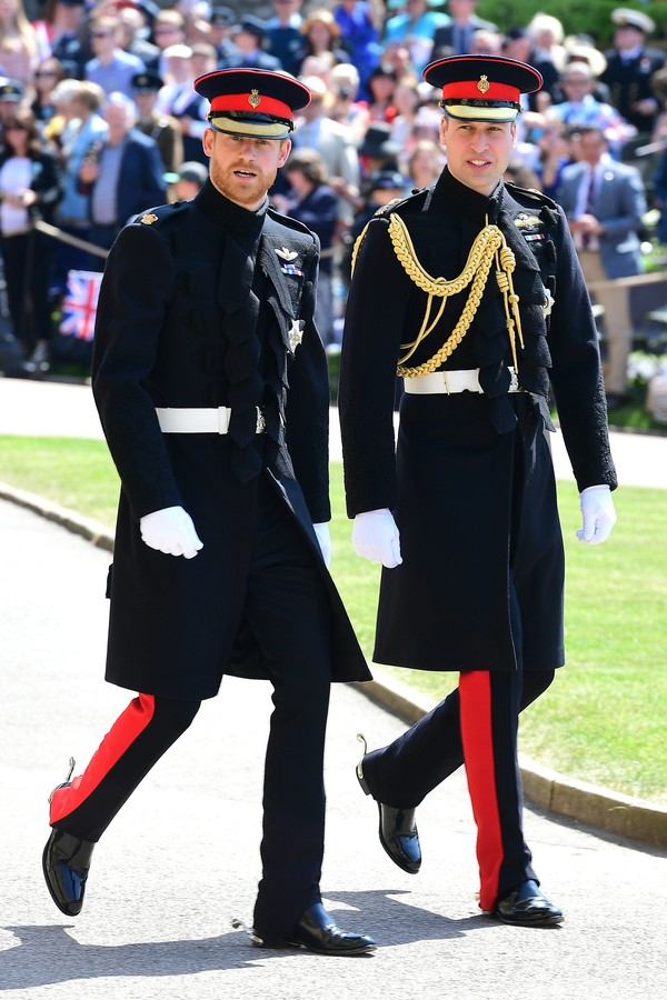 WINDSOR, UNITED KINGDOM - MAY 19: Prince Harry and Prince William, Duke of Cambridge arrive at St George's Chapel at Windsor Castle before the wedding of Prince Harry to Meghan Markle on May 19, 2018 in Windsor, England. (Photo by  Ian West- WPA Pool/Gett (Foto: Getty Images)