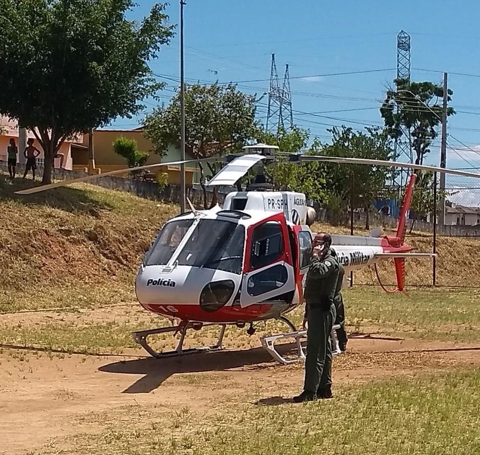 Mulher foi socorrida pelo águia para hospital em São José (Foto: Central de Informações)