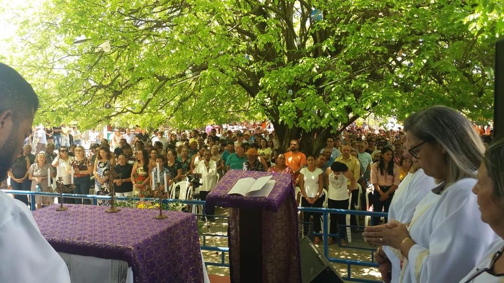 Tradicional missa celebra aniversário de Luiz Gonzaga em Exu — Foto: Clédiston Ancelmo/TV Grande Rio