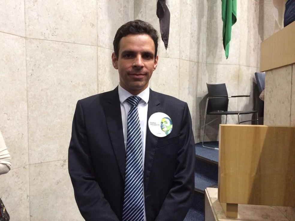 Cláudio Fernando Aguiar, candidato do PMN pelo governo do estado de SP (Foto: Bárbara Muniz Vieira/G1)