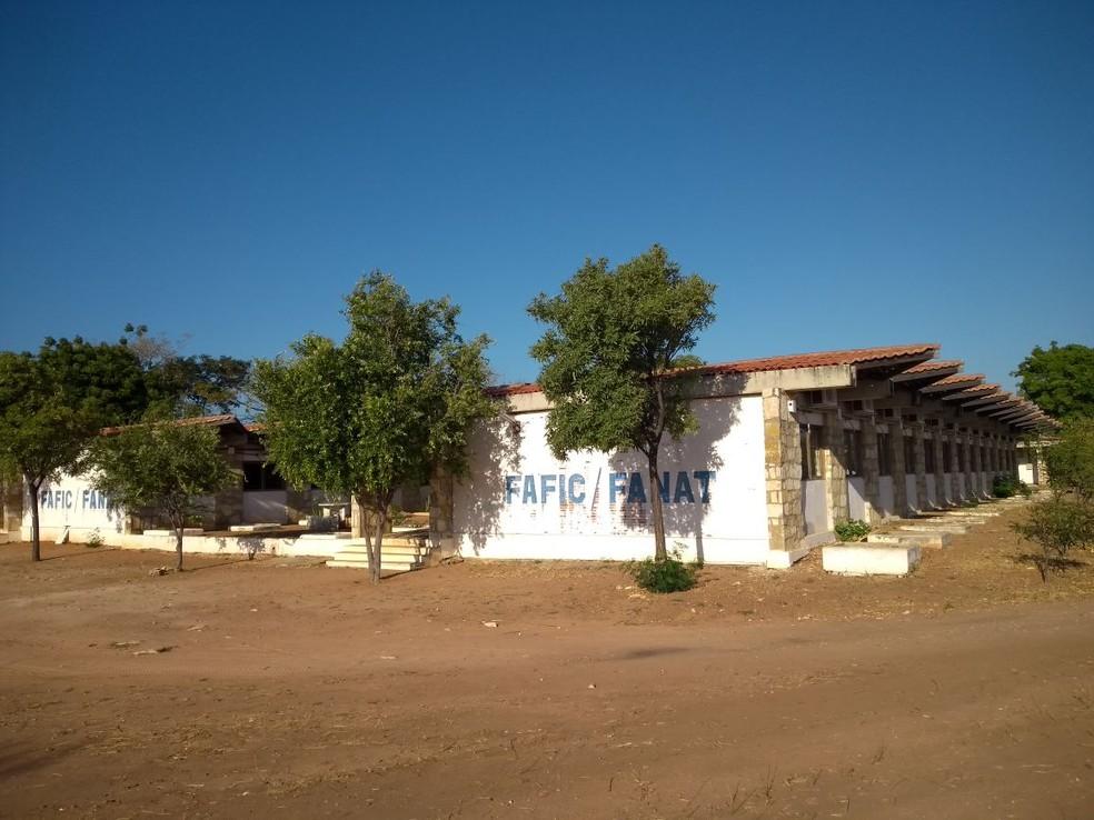 Bandidos fazem arrastão e roubam alunos da UERN em Mossoró (Foto: Oscar Xavier/Inter TV Cabugi)