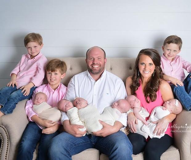 A família completa (Foto: Ashley Sargent Photography)