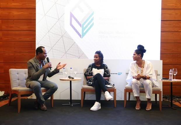 Maurício Pestana, Monique Hevelle e Alexandra Loras durante o FICE (Foto: Alexandre DiPaula/Época NEGÓCIOS)