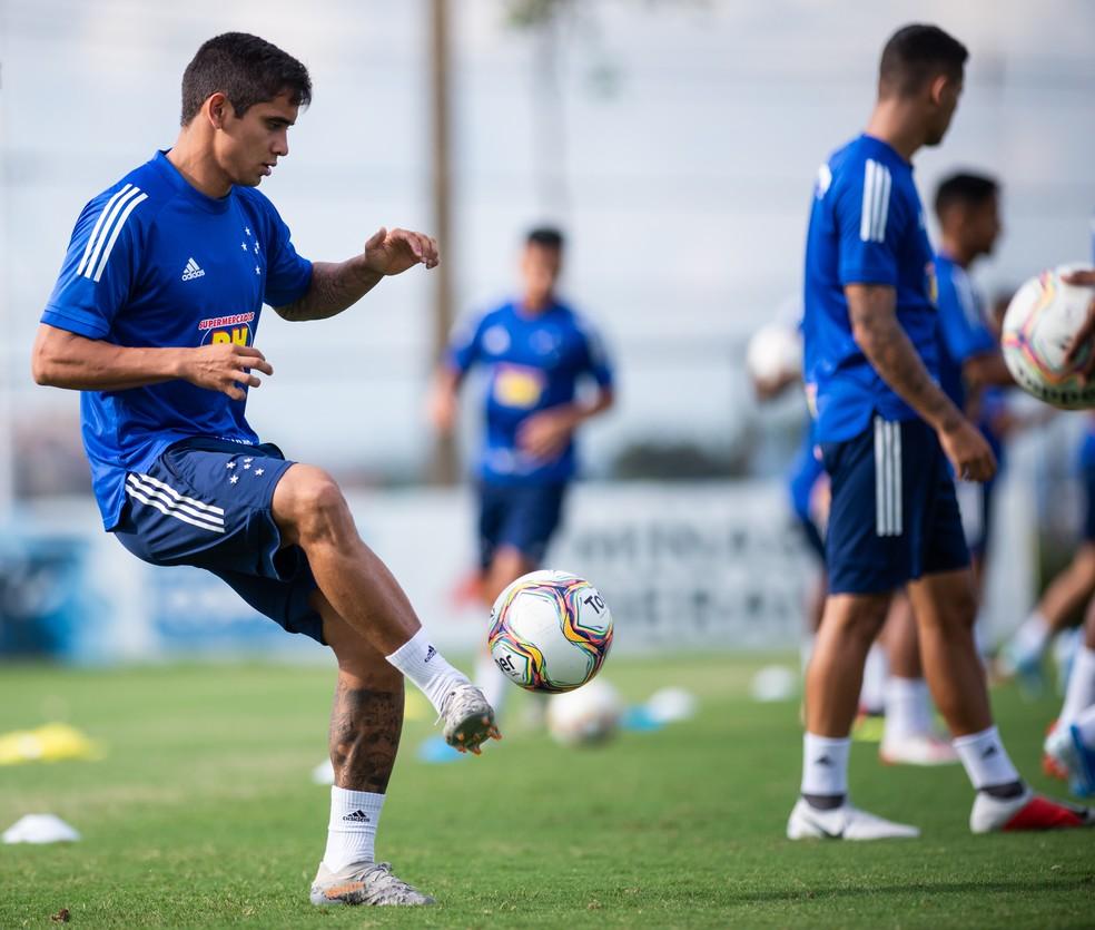 Everton Felipe espera reencontrar seu bom futebol no Cruzeiro — Foto: Bruno Haddad/Cruzeiro