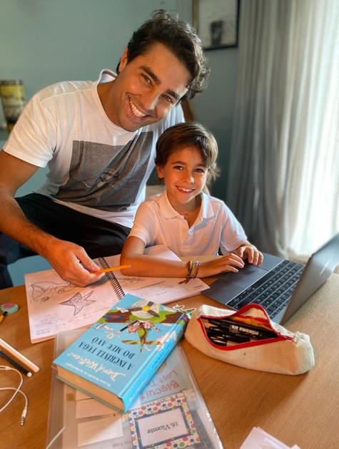 Ricardo Pereira com o filho Vicente (Foto: Arquivo pessoal)