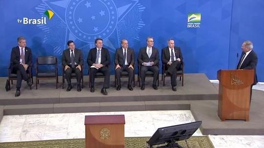 ASSISTA: Governo anuncia abertura do mercado de gás natural