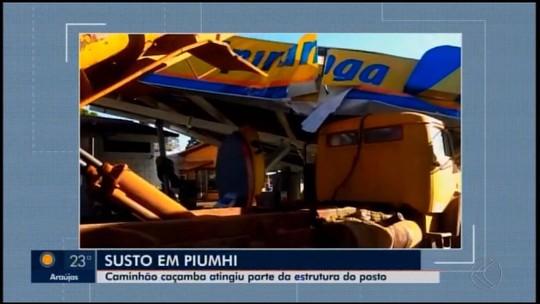 Estrutura de posto de combustíveis é derrubada em Piumhi