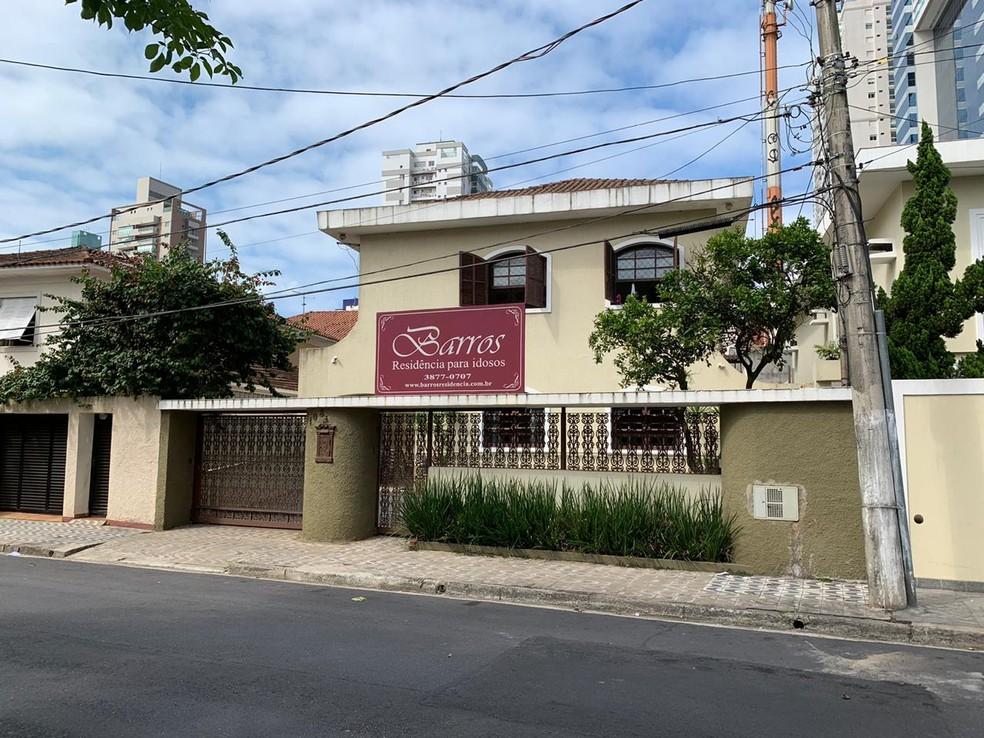 Vanusa morava havia dois anos na casa de repouso Barros Residência para Idosos em Santos, SP — Foto: Carlos Abelha/G1
