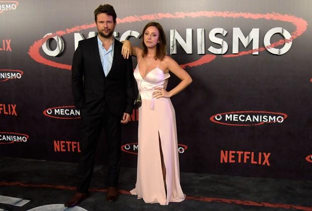 Selton Mello e Carol Abras integram o elenco da série O Mecanismo (Foto: Divulgação)