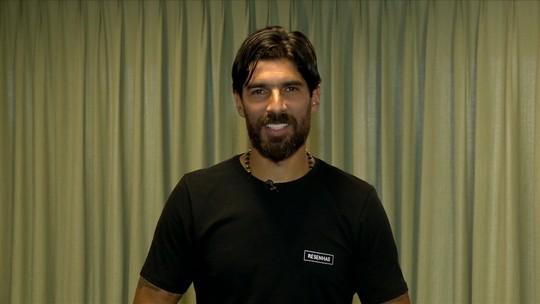 Rei da mesa: Loco Abreu analisa uruguaios que jogaram no Brasil