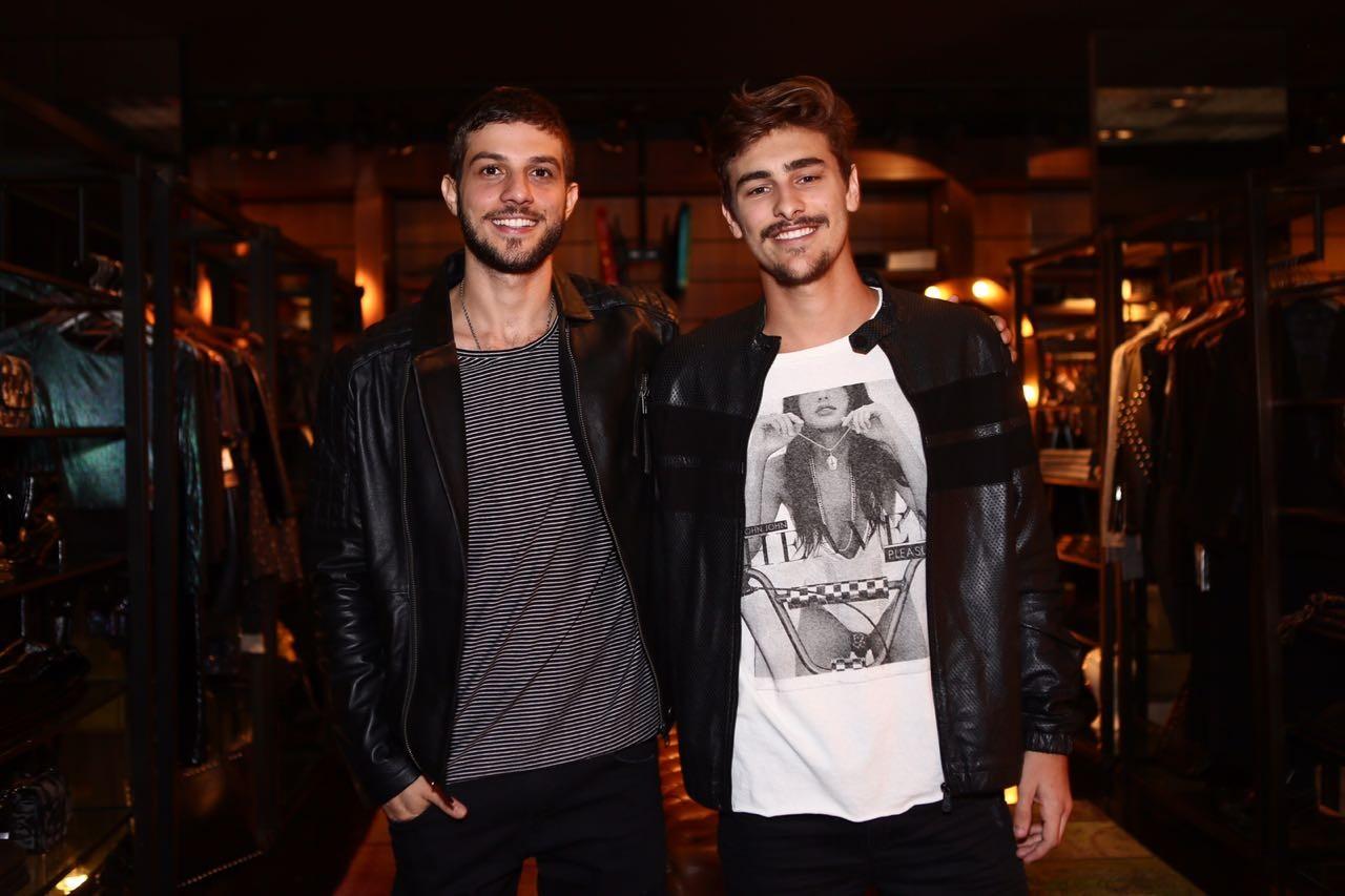 Chay Suede e Bruno  (Foto: Divulgação)