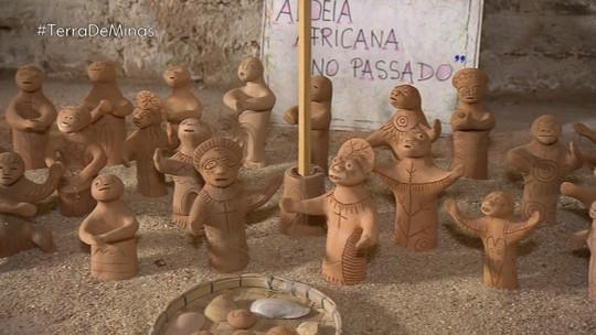 Colecionadora doa para universidade acervo de esculturas do Vale do Jequitinhonha