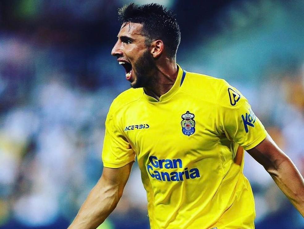 Calleri com a camisa do Las Palmas, da Espanha (Foto: Instagram)