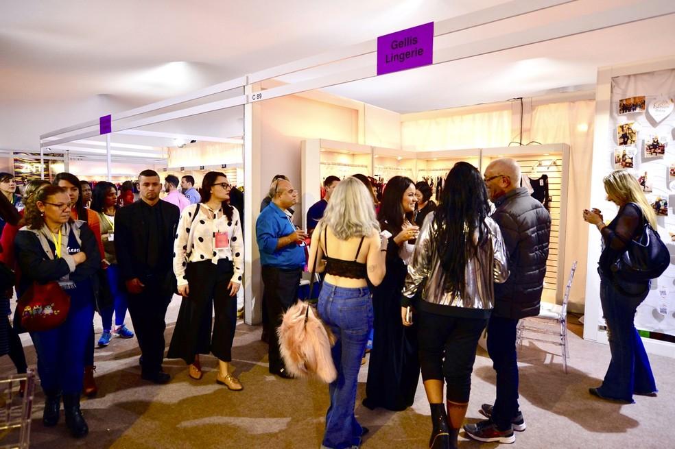 e43e5b1f8 Feira de moda íntima em Nova Friburgo