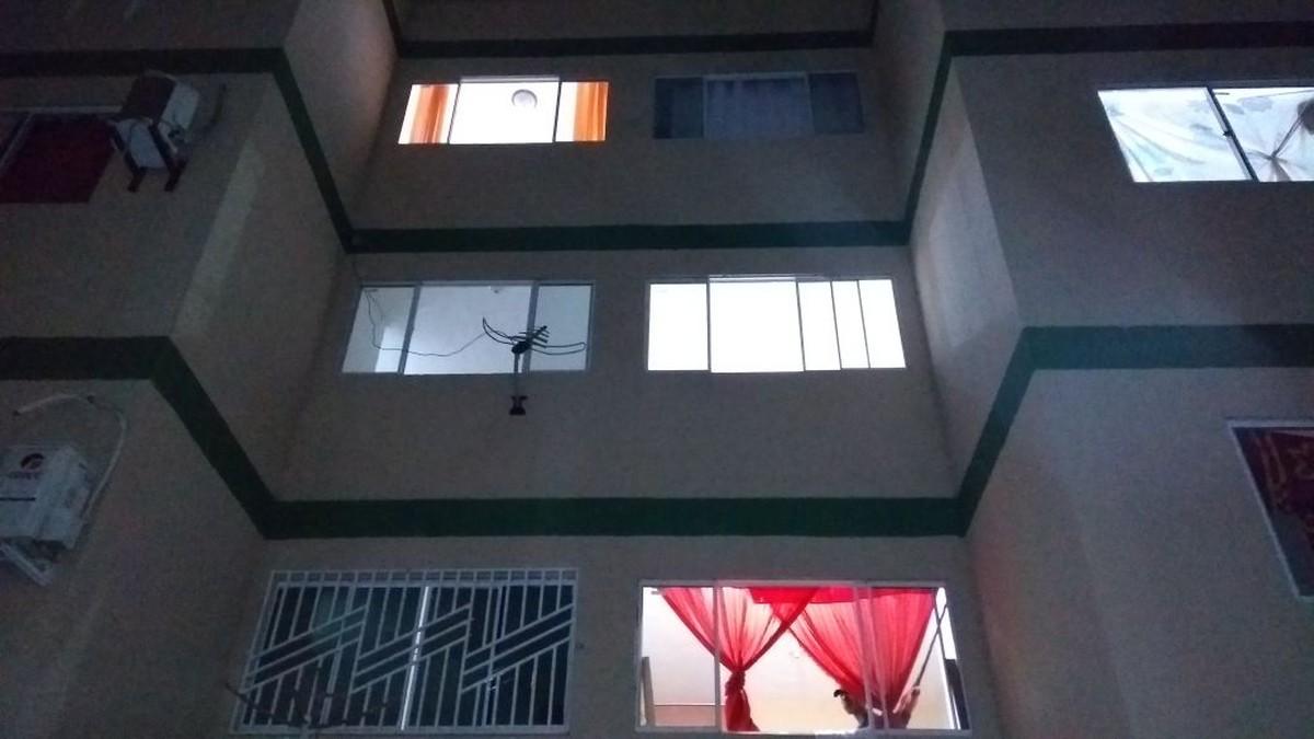 Mulher cai do terceiro andar de prédio durante discussão com marido em Boa Vista