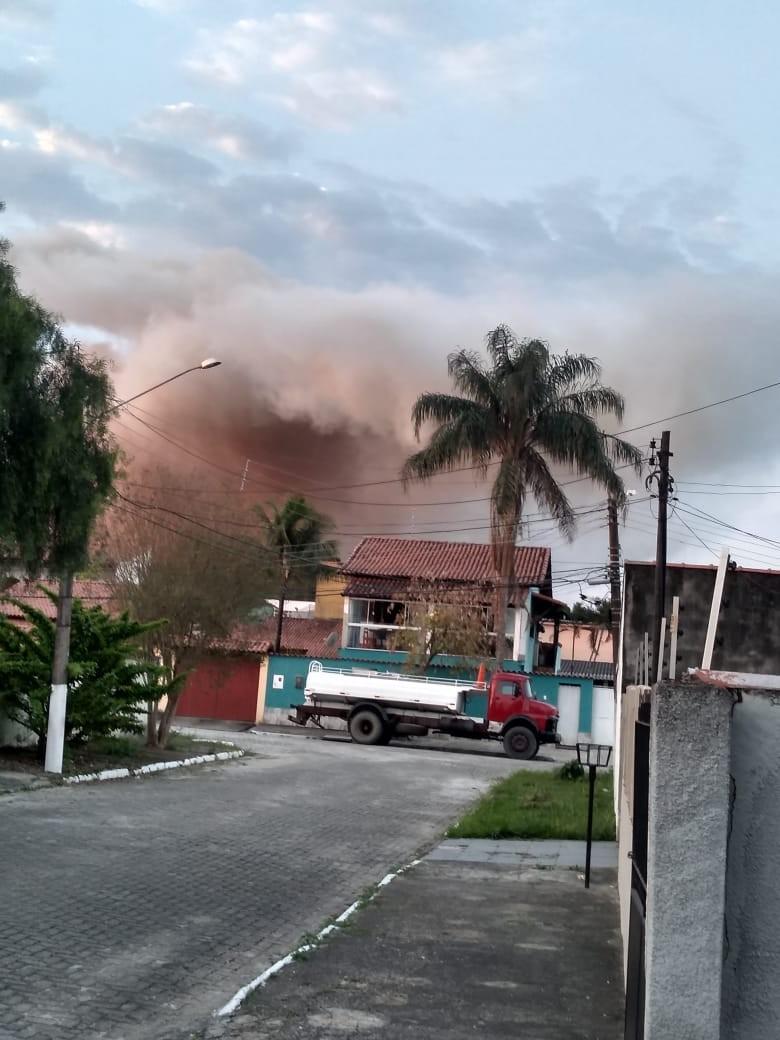 Explosão na indústria química Archroma espalha nuvem de fumaça em Resende - Notícias - Plantão Diário