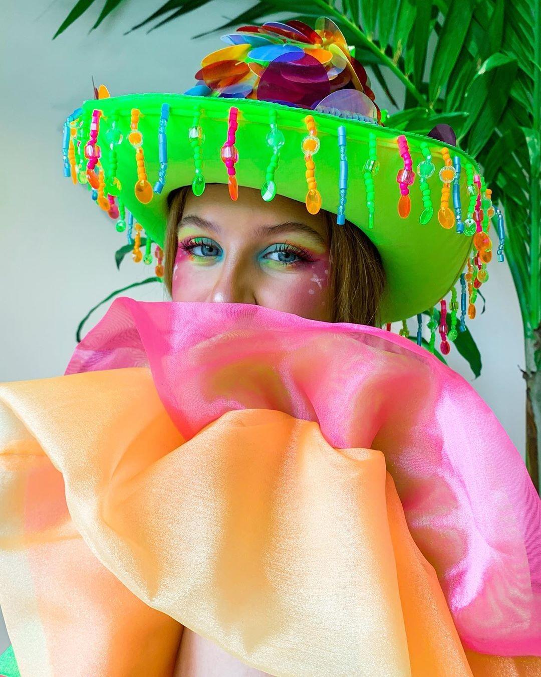 Look de Carnaval (Foto: Instagram / @isarumchinsky)