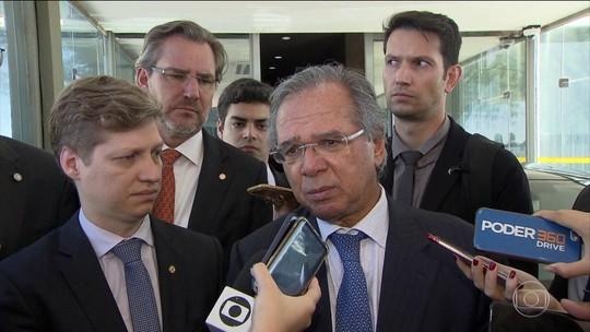 Paulo Guedes diz que governo estuda liberar saques do FGTS para estimular economia