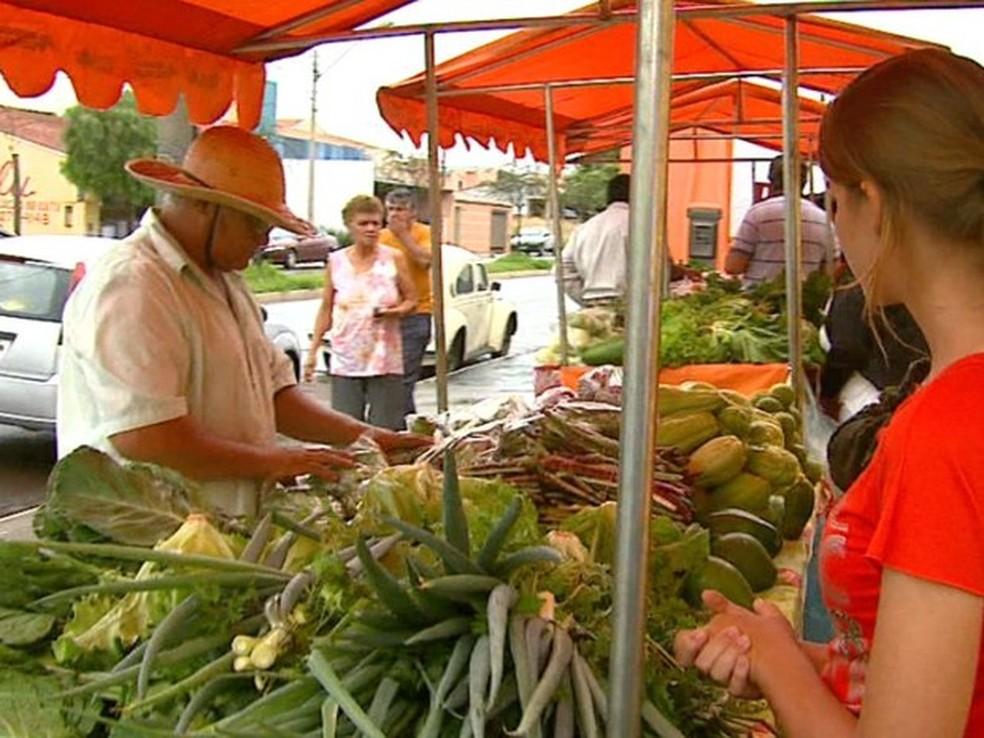 Hortaliças e legumes ajudaram no recuo da inflação de baixa renda  (Foto: Reginaldo dos Santos/EPV)