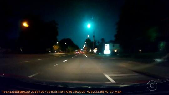 Motoristas flagram momento exato da queda de um meteoro, na Flórida (EUA)