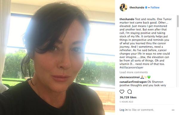 A atriz Shannen Doherty compartilhando com seus fãs os resultados mais recentes de seus exames de saúde (Foto: Instagram)