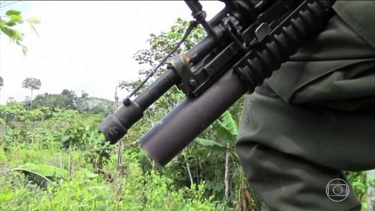 Crianças venezuelanas estão sendo recrutadas por guerrilhas na Colômbia, aponta relatório