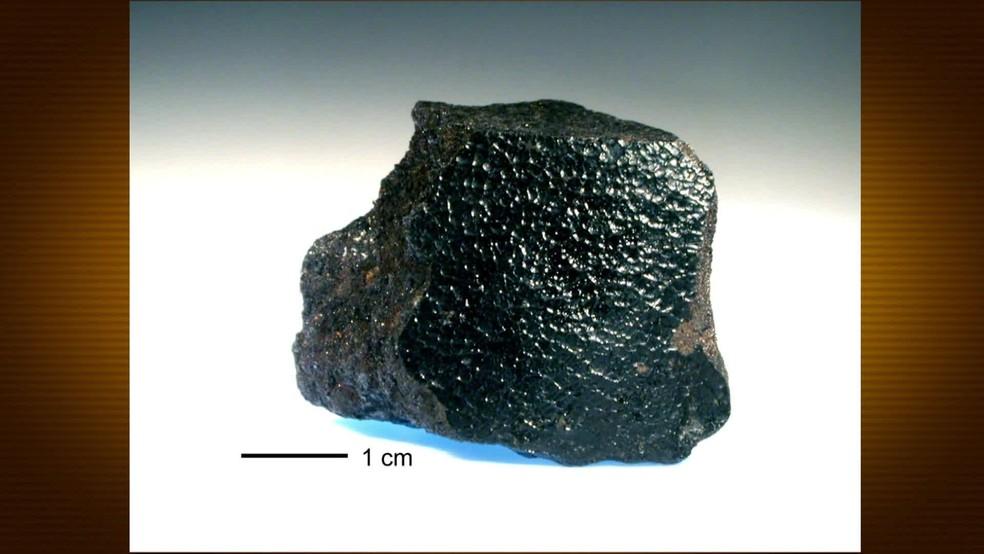 Meteorito Angra dos Reis tem mais de 4 bilhões de anos e é mais antigo que a Terra, segundo pesquisadora — Foto: Reprodução