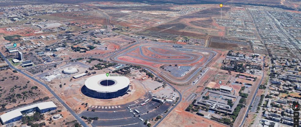 Vista aérea com o estádio Mané Garrincha e o autódromo Nelson Piquet (Foto: Google Maps/Reprodução)