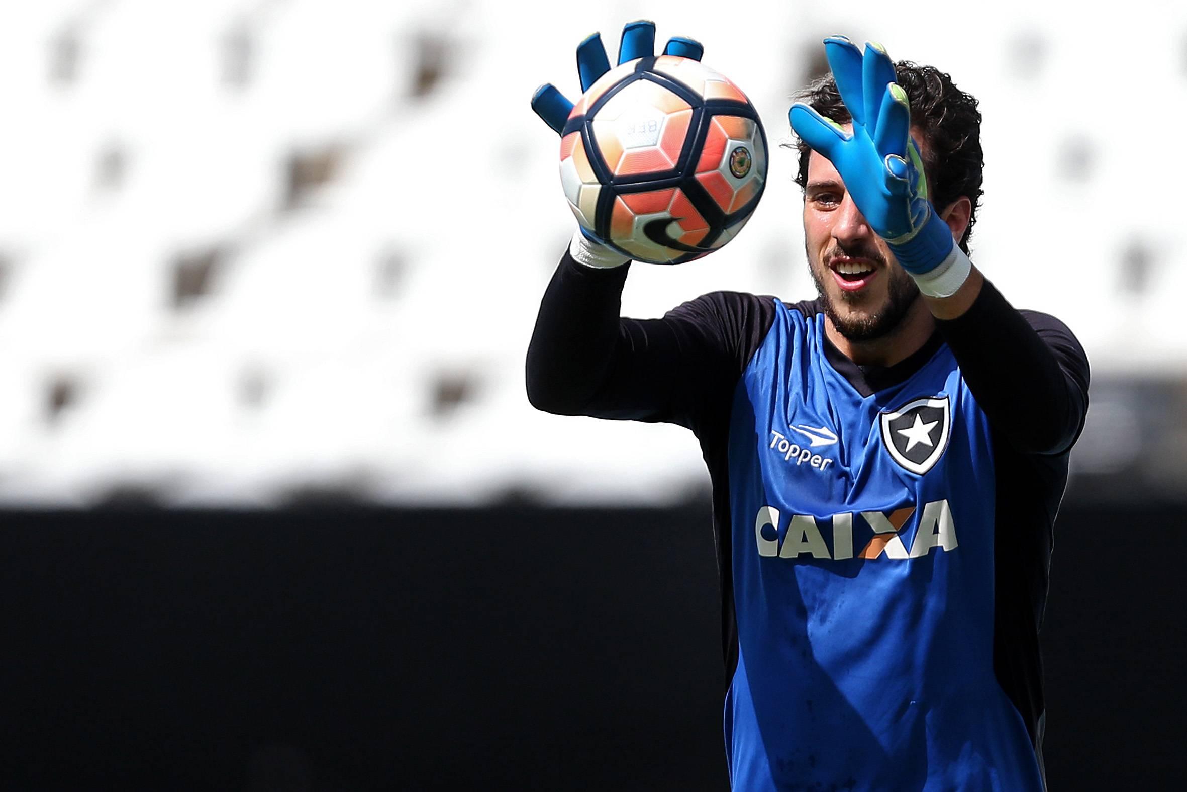 Helton Leite vai se mudar para São Caetano do Sul na temporada que vem