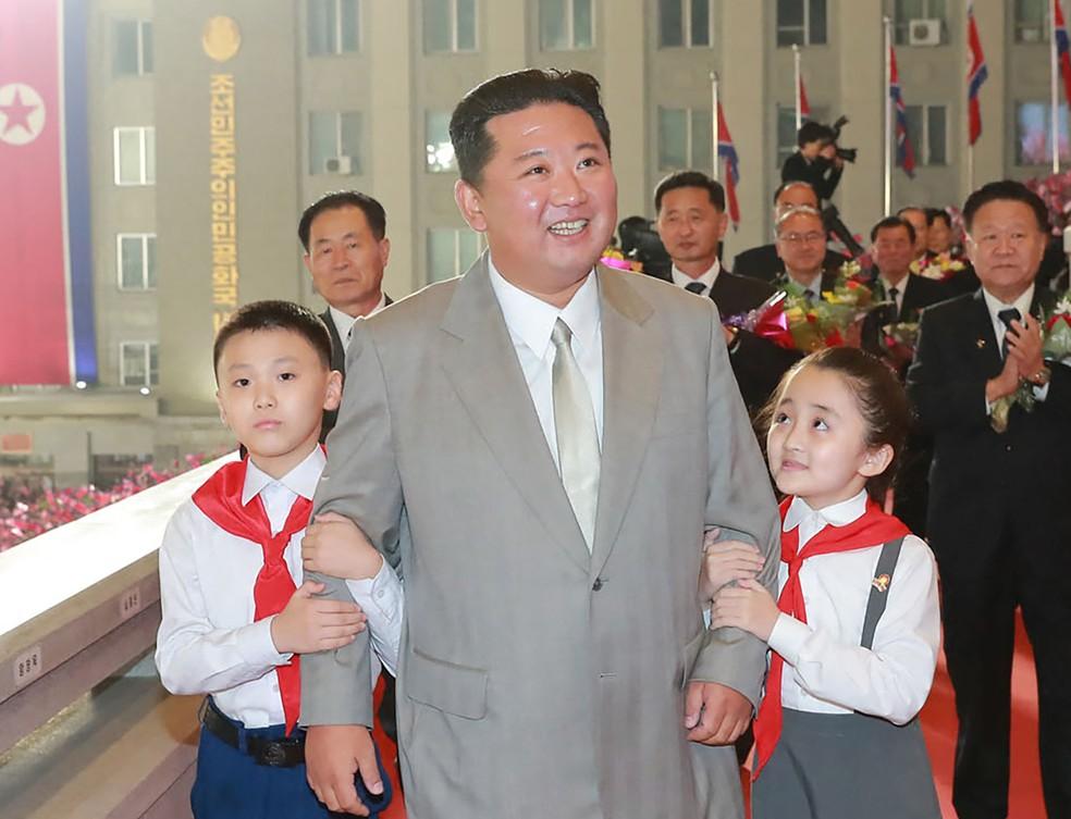 Coreia do Norte anuncia que testou mísseis de longo alcance com sucesso