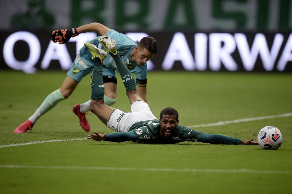 Wesley perde chance no primeiro tempo da partida entre Palmeiras e Defensa y Justicia — Foto: Staff Images/Conmebol