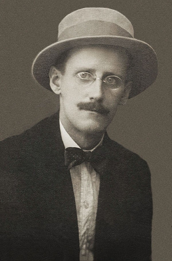Dublin tenta repatriar restos mortais do escritor James Joyce - Notícias - Plantão Diário
