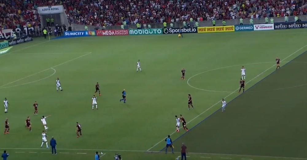 Ferj divulga v�deos dos lances do VAR em Fluminense x Flamengo